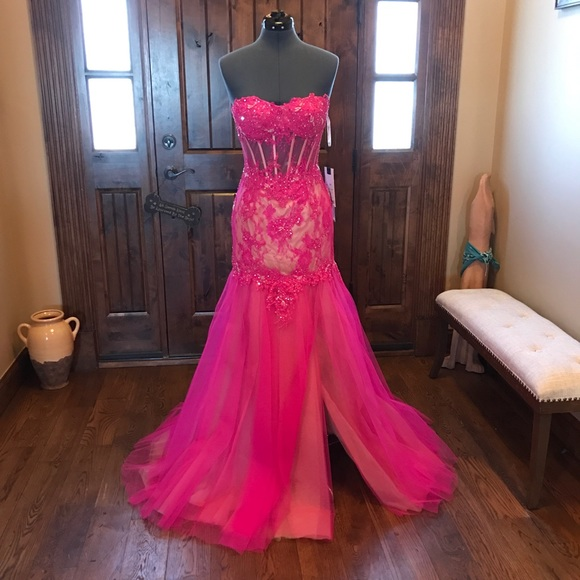 Mac Duggal Dresses & Skirts - 🔥MAC DUGGAL Illusion Corset Gown! Price firm!